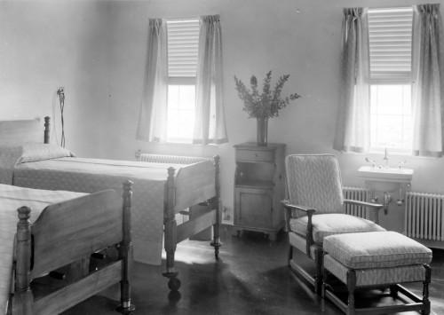 Infirmary room, 1938