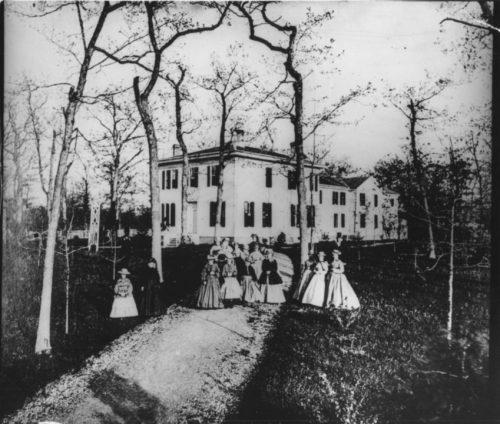 Dickinson-Seminary-Yo-Ladies-Lake-Forest-Ill