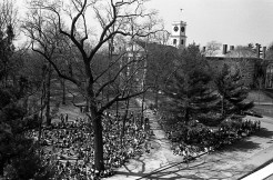 Students gathered on the quad for a two-day moratorium on classes to allow students to discuss campus and national issues, April 1969. (69-001-1 neg 26)