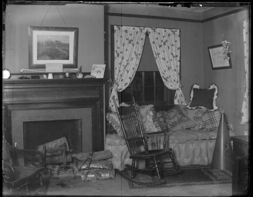 Student room, 30 South College, 1896 (Photograph Collection, glass plate negatives, box 42, no. 16)