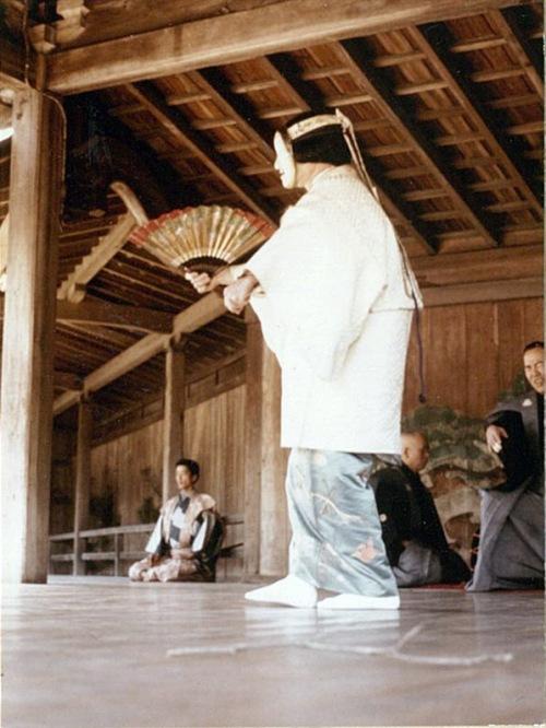 kazuraki_woman1.jpg